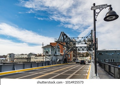 MYSTIC, CT - DECEMBER 17: The Mystic River Bascule Bridge in Mystic Conn on December 17, 2017. This historical drawbridge spanning the Mystic River was built in 1920.