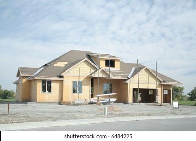 N ew luxury home construction