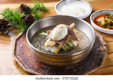 naengmyeon, Chilled Buckwheat Noodle Soup, korean cold noodles,
