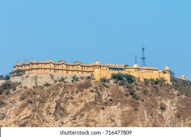 Nahargarh Fort overlooking Jaipur city, Rajasthan, India.