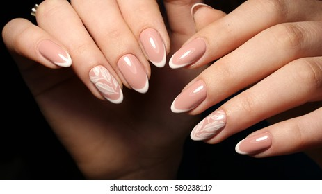 Nail design French manicure white patterned feathers