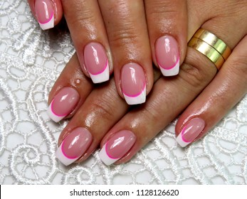 nails of painted gel