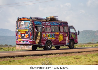 Nairobi,Kenya,Afrique-06/01/2018.Colorful bus of several motifs in Kenya's countryside in Africa