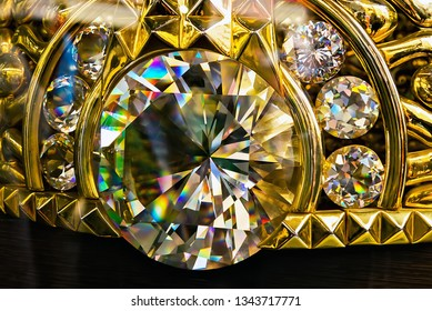 Najmat Taiba Largest gold ring in the world on display in the Jewellery shop in Dubai market Gold Souk. Dubai, UAE