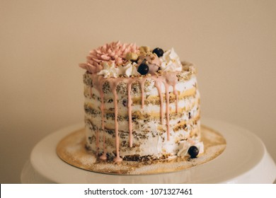 Naked cake with flowers decoration