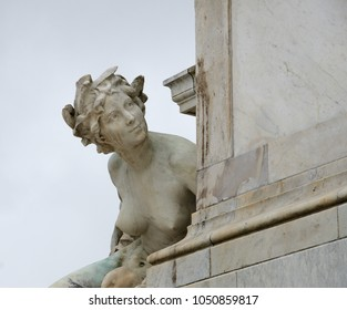A naked female sculpture of the monument aux Girondins in Bordeaux