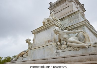 The naked female sculptures of the monument aux Girondins in Bordeaux