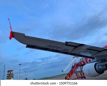 Nakhon Phanom, THAILAND - September 19, 2019: Airbus A320 of AirAsia at Nakhon Phanom Airport , Thailand ,AirAsia is the largest low-cost airline in Asia