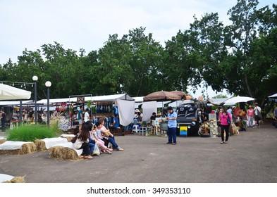 NAKHON RATCHASIMA, THAILAND - NOVEMBER 29 : Thai people travel and shopping at market fair on November 29, 2015 in Nakhon Ratchasima, Thailand.