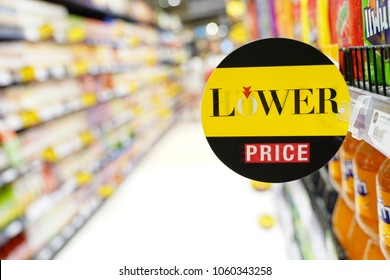 Imágenes Fotos De Stock Y Vectores Sobre Sales Promoter
