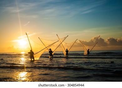 Nam Dinh, VIETNAM - August 1 :. Fishermen working in the fishing village of Hai Hau, Vietnam on August 1, 2014 in Hai Hau district, Nam Dinh .