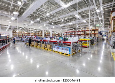 NANCHANG CHINA-August 28, 2018: China's 19th Sam Club opened in Nanchang. 32 countries can buy goods, fresh meat, daily necessities, household appliances, clothing and so on one-stop.