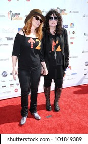 Nancy Wilson and Ann Wilson at the 2010 Stand Up To Cancer, Sony Studios, Culver City, CA. 09-10-10