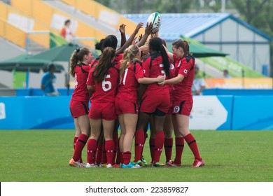 NANJING, CHINA-AUGUST 19: Canada Rugby Team during Day 3 match of 2014 Youth Olympic Games on August 19, 2014 in Nanjing, China.