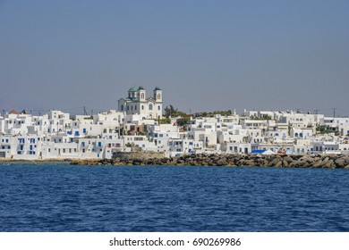 Naousa is a picturesque coastal village located in the northeastern corner of the island of Paros, Cyclades and It is one of the most popular tourist destinations in Geeece.