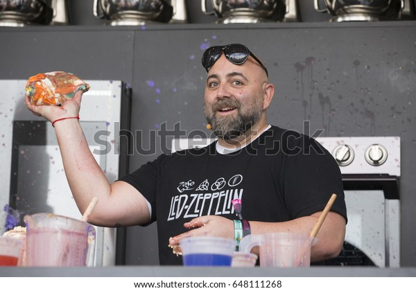 Napa, CA/USA: 5/26/17: Duff Goldman interacts with the crowd at the culinary stage during BottleRock in Napa, California.  Duff is the host of Food Network's Ace of Cakes.