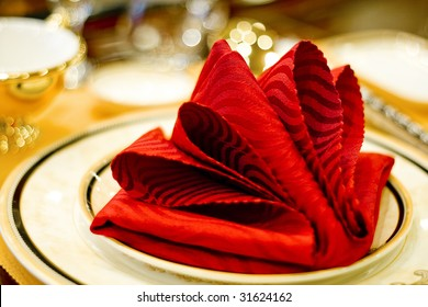 Napkin in the plate - wedding dinner