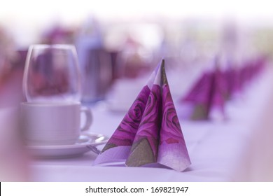 Napkins on a table. High class arrangement for e.g. a wedding, birthday or business meeting.