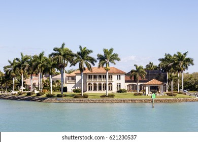 Beach Property Florida Images, Stock Photos & Vectors