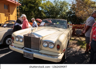 Naples, Florida, USA – March 23,2019: Cream 1985 Rolls Royce Corniche Drop Head at the 32nd Annual Naples Depot Classic Car Show in Naples, Florida. Editorial only.