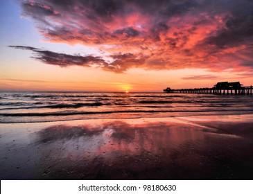 Naples Pier / Naples Sunset