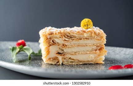 napoleon cake with vanilla cream