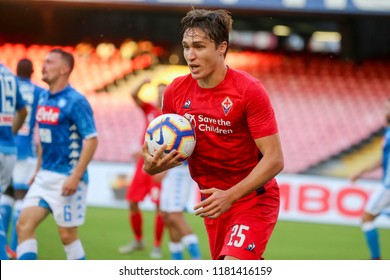 Napoli , Campania , ITALY: 2018-09-15  Italian Serie A football match Napoli - Fiorentina at the San Paolo stadium in photo FEDERICO CHIESA