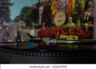 Napoli, turntables with the Beatles vinyls in the background. 03/11/2018