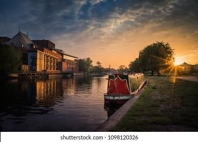 Narrow boat in Stratford upon Avon