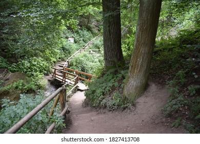 narrow passage in the wolves gorge in the Eifel, 'Wolfsschlucht'