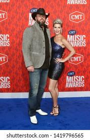 NASHVILLE - JUN 5: Chris Sullivan (L) and wife Rachel attend the 2019 CMT Music Awards at the Bridgestone Arena on June 5, 2019 in Nashville, Tennessee.