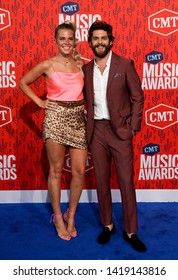 NASHVILLE - JUN 5: Thomas Rhett (R) and wife Lauren Akins attend the 2019 CMT Music Awards at the Bridgestone Arena on June 5, 2019 in Nashville, Tennessee.