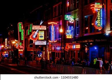 Nashville, Tennessee, USA - 2018.04.25. - On Broadway in Nashville at night.