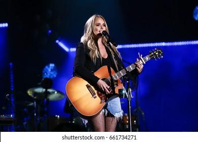 NASHVILLE, TN - JUNE 08: Miranda Lambert performs at Nissan Stadium during the 2017 CMA Festival on June 8, 2017 in Nashville, Tennessee.