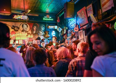NASHVILLE, TN, USA - MARCH 24, 2019: Live music with Brazilbilly at Robert's Western World on Broadway in Nashville. This historic street is famous for its nightlife and country music bars.