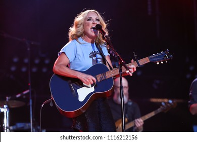 NASHVILLE, TN-JUNE 9: Lee Ann Womack performs at CMA Fest Night 3 at Nissan Stadium on June 9, 2018 in Nashville, Tennessee.
