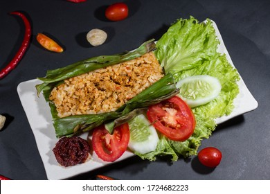 nasi bakar images stock photos vectors shutterstock https www shutterstock com image photo nasi bakar roasted rice chicken vegetable 1724682223