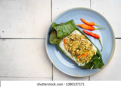 nasi bakar images stock photos vectors shutterstock https www shutterstock com image photo nasi bakar roasted rice served banana 1380137171
