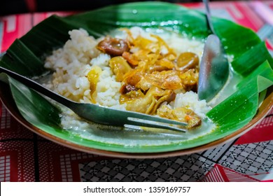 Nasi Gandul or Gandul Rice is a local food from street restaurant at Semarang, Central Java. But originated from Pati, Central Java. It's famous with the variety of the beef offal such as Intestines