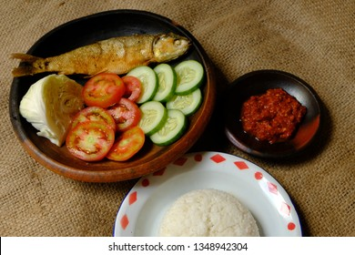 Nasi Ikan Bandeng, fried milkfish with rice and chili sauce. Popular dish in Central Java. Indonesian food.