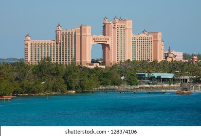 NASSAU-FEB4: Atlantis Paradise Island Feb 4, 2013 in Nassau, Bahamas. Royal Towers joined by the Bridge. The Suite located in the span is one of expensive hotel suites in the world approx $25K a night
