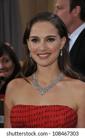 Natalie Portman at the 84th Annual Academy Awards at the Hollywood & Highland Theatre, Hollywood. February 26, 2012  Los Angeles, CA Picture: Paul Smith / Featureflash