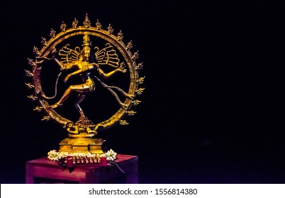 Nataraja Idol. The God of dance. Bharathanatyam. South Indian culture. Goad Siva. Thandavam