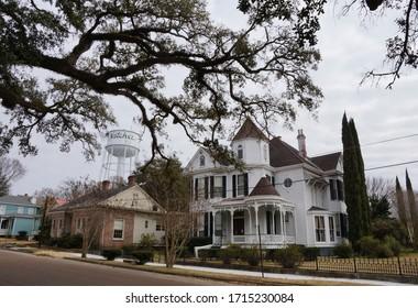 Natchez USA - 5 February 2015 : Old mansion in Natchez in Mississippi USA