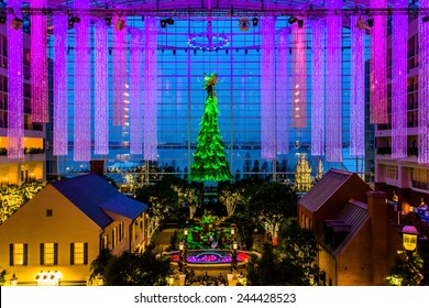 NATIONAL HARBOR, MARYLAND - DECEMBER 2: Christmas tree and lobby in the Gaylord, on December 2, 2014 in National Harbor, Maryland. The Gaylord is a luxury hotel located near Washington, DC.