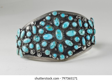 Native American turquoise bracelet in silver setting