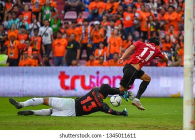 Nattapong Khajohnmalee (Goalkeeper) of Prachuap F.C.in action The Football Thai League match between SCG Muangthong United and PT Prachuap F.C.at SCG Stadium on February24,2019 in Nonthaburi,Thailand