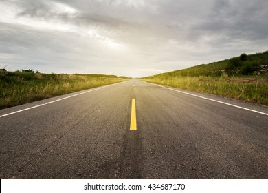 Horizontal Road Images, Stock Photos & Vectors | Shutterstock