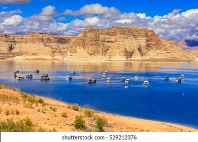 The natural beauty of Lone Rock Canyon and Lake Powell in Utah.