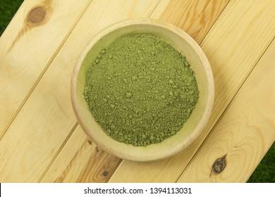 natural borneo kratom (mitragyna spesiosa) powder